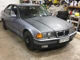 BMW 320i BMW 320I SEDAN MANUAALI