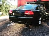 Audi A8 4.2 V8 quattro 4d