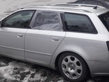 Audi A4 2006 koko auto osina 2.0tdi