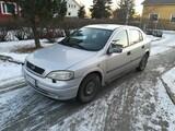 Opel Astra 1.6 Osina tai kokonaisena