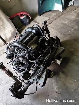 Volvo V40 Moottori