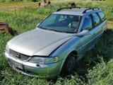 Opel Vectra 2.2 bensa