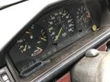 Mercedes-Benz  260E