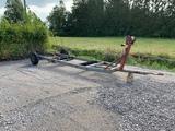 Omavalmiste Traktorivetoinen traileri