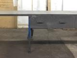 Rautapöytä Teollisuuspöytä,