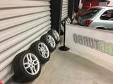 "Uniroyal Ford RS 15""vanteet renkailla"