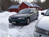Subaru Legacy 2.0 ja 2.5 4 WD