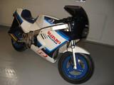 Suzuki pv R50