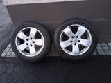 Mercedes E tai C sarja