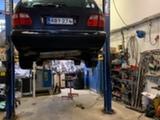 Mercedes-Benz S210