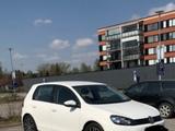 Volkswagen Golf, Passat