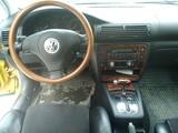 Volkswagen Passat -99