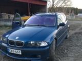 BMW  320iA -01