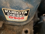 Kubota D905