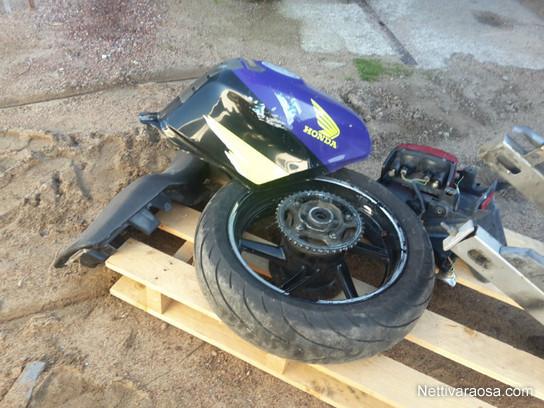 Nettivaraosa Honda Cbr 600 Pc31 Osia Motocycle Spareparts And