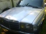 Mercedes Benz W115, W123, C