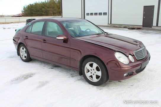 Mercedes-Benz W211 - Useita autoja osina - Spare- and crash cars -  Nettivaraosa