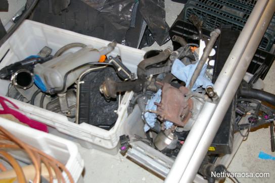 AUDI A4 B8 A4 Avant 2010 - Car spare parts - Nettivaraosa