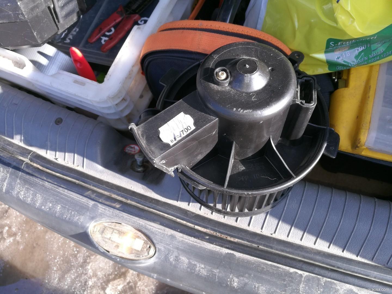 Nettivaraosa Peugeot 206 Puhaltimen Moottori Ei Ilmastoituun Ehj 228 Toimiva Auton