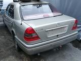 Mercedes-Benz w C220d