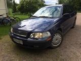 Volvo v40  01 vm