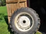 Barum traktori  Renkaat 16.9-34