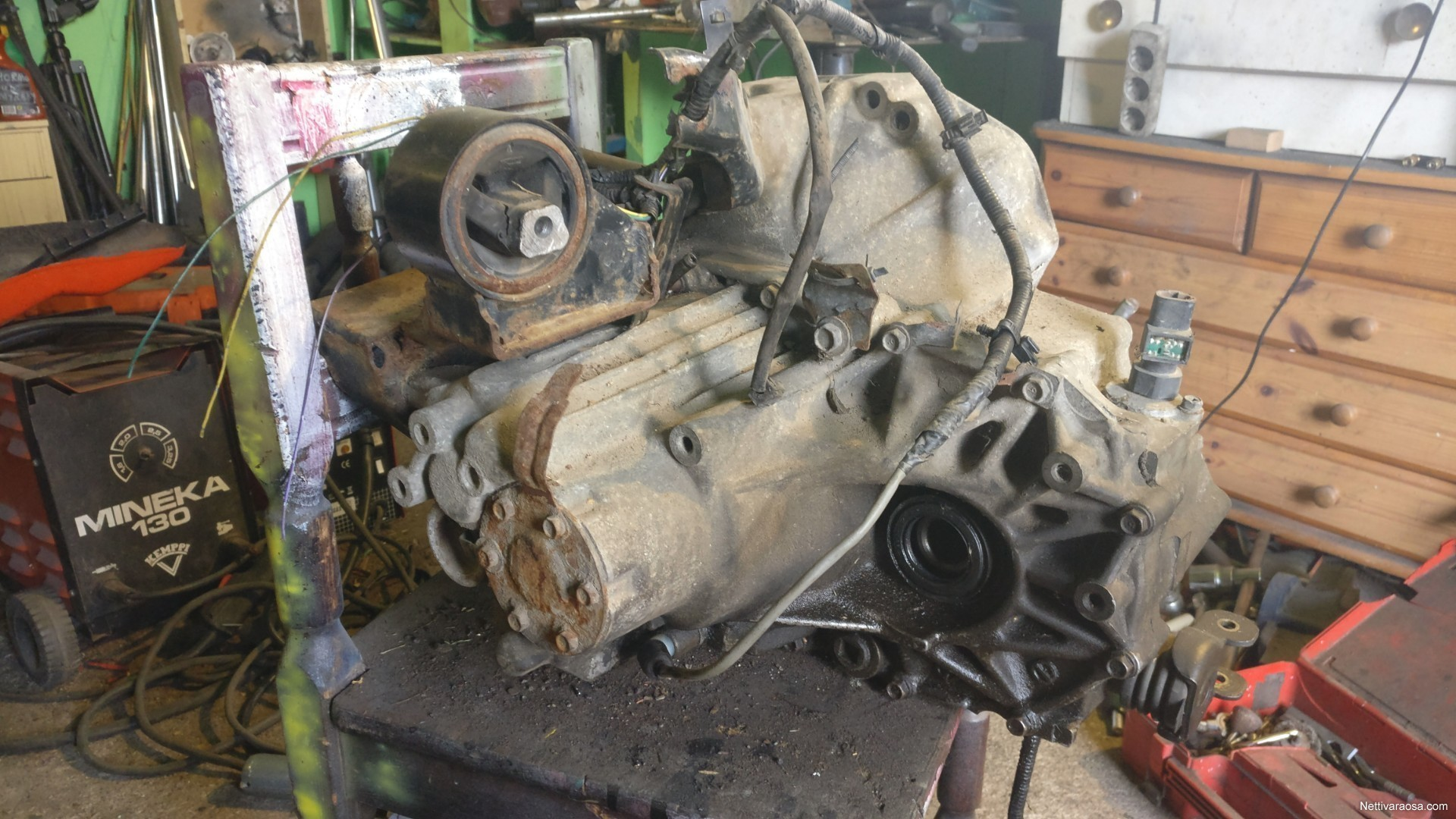 nissan primera p11 gearbox