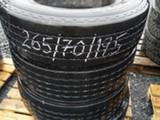 Muu Merkki 265-70-19.5