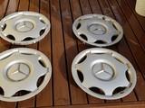 Mercede Benz  Pölykapselit 203 401 00 24
