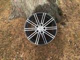 Enzo Mazda 6 vanteet