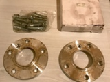 Spacerit 2 kpl Levikepalat 5X120 mm ja pultit