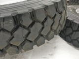 BRIDGESTONE MICHELIN 13R22.5