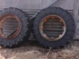 Bridgestone 16.9R34 ja 11,2-24