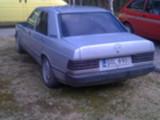 Mercedes_Benz 190 E